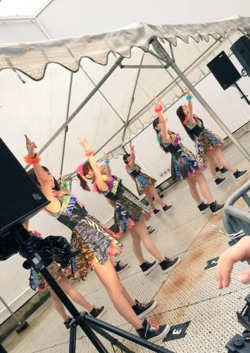 idol-yokocho-natsu-matsuri-2015-cheeky-parade-outdoor-stage