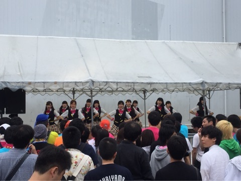 idol-yokocho-natsu-matsuri-2015-jelno-outdoor-stage
