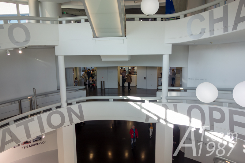 BMW Museum – Locker Room